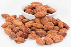 almond oil: did you know that it was good for you?